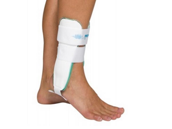 Tutore caviglia Aircast